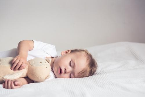 Giấc ngủ đóng vai trò quan trọng như thế nào với trẻ nhỏ