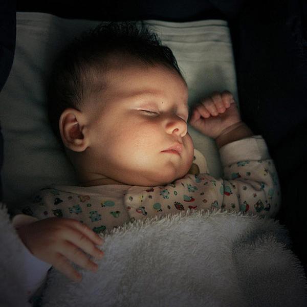 Điều gì bố mẹ nên biết về Khăn lau răng Baby Bro?